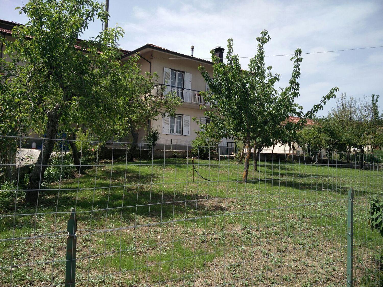 Villa Bifamiliare in vendita a Cassano Irpino, 7 locali, prezzo € 140.000 | Cambio Casa.it