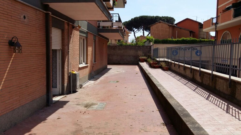Appartamento in affitto a Grottaferrata, 3 locali, prezzo € 700 | CambioCasa.it