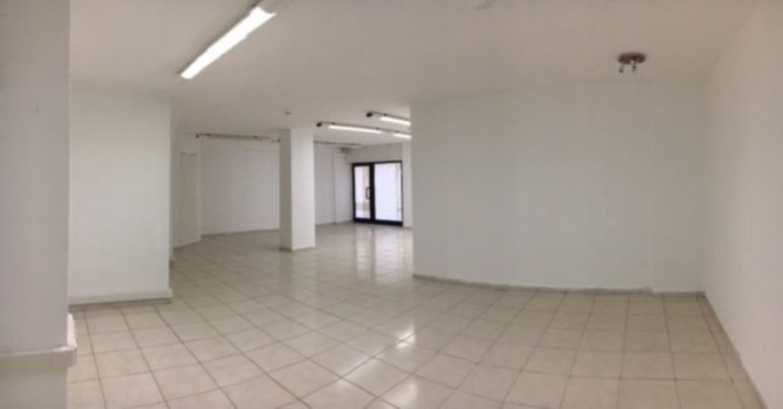 Immobile Commerciale in vendita a Sassari, 9999 locali, prezzo € 93.000 | Cambio Casa.it