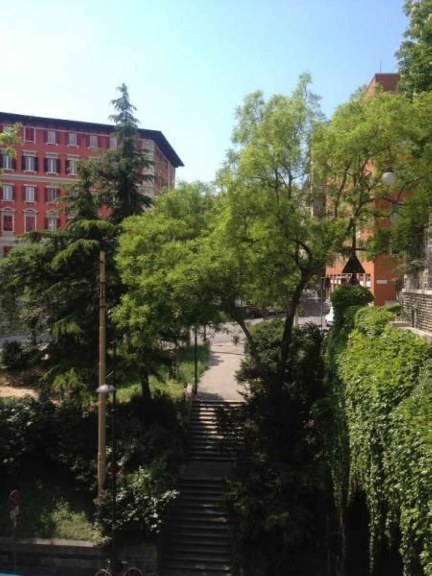 Appartamento in vendita a Trieste, 4 locali, prezzo € 98.000 | Cambio Casa.it