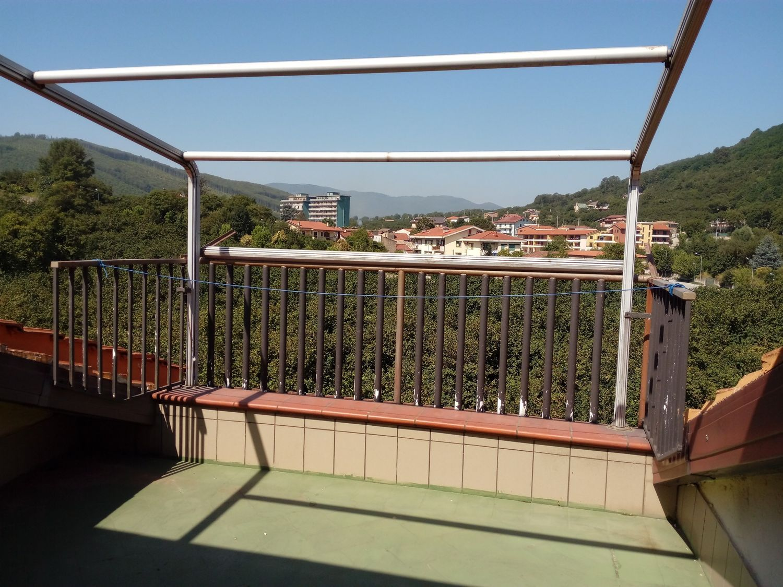 Attico / Mansarda in affitto a Contrada, 2 locali, prezzo € 230 | Cambio Casa.it