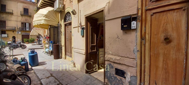 Immobile Commerciale in vendita a Monreale, 9999 locali, prezzo € 12.000   CambioCasa.it