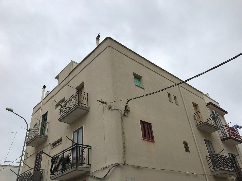 Appartamento in vendita a Ceglie Messapica, 3 locali, prezzo € 33.000 | CambioCasa.it