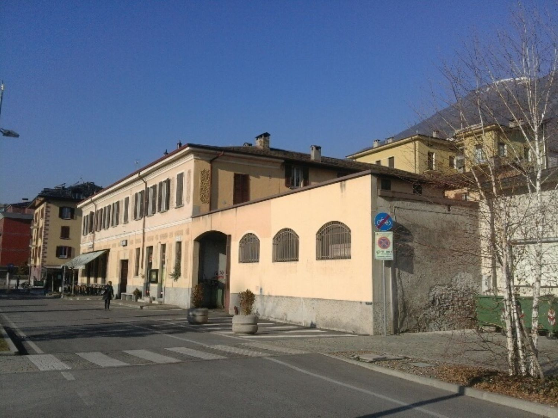 Capannone in affitto a Sondrio, 9999 locali, prezzo € 1.800 | CambioCasa.it