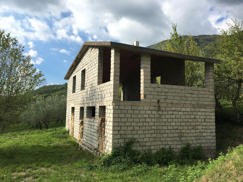 Appartamento in vendita a Subiaco, 3 locali, prezzo € 130.000 | CambioCasa.it