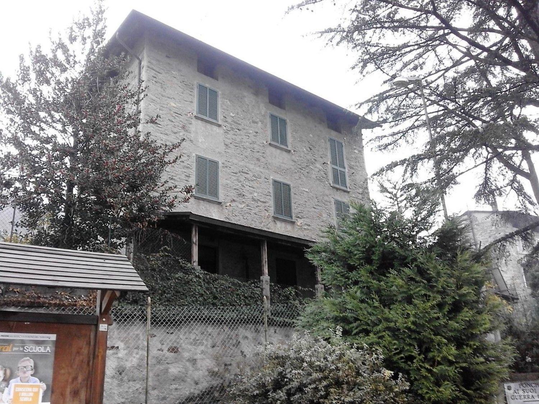 Loft / Openspace in affitto a Sondrio, 9999 locali, prezzo € 300 | CambioCasa.it