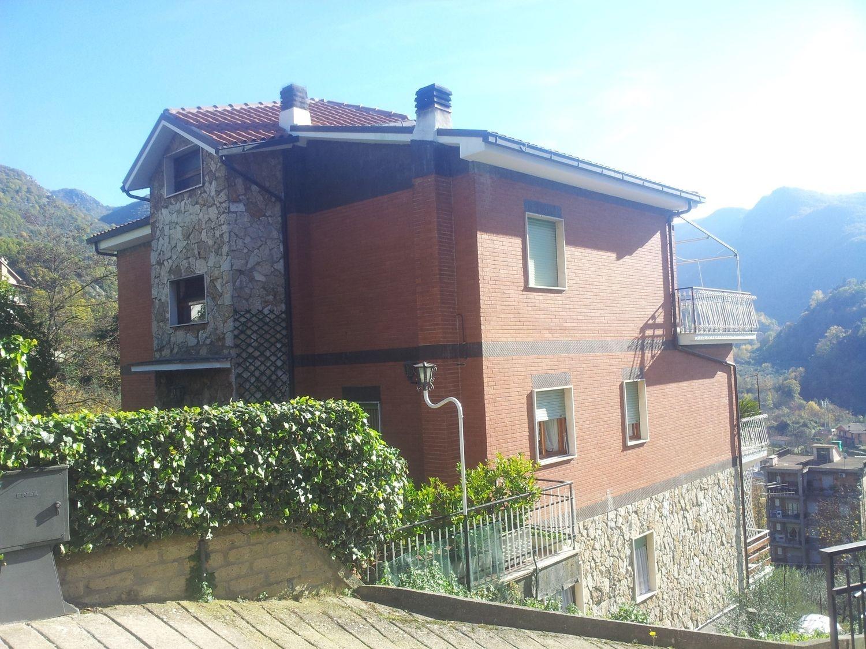 Attico / Mansarda in vendita a Subiaco, 4 locali, prezzo € 115.000 | Cambio Casa.it