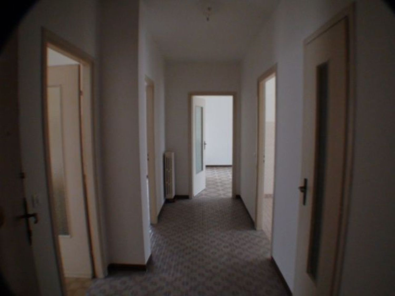 Appartamento in affitto a Pont-Canavese, 3 locali, prezzo € 250 | CambioCasa.it