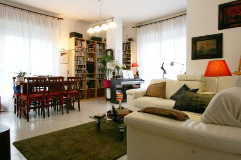 Appartamento in vendita a San Donato Milanese, 3 locali, prezzo € 160.000 | Cambio Casa.it