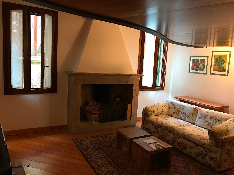 Appartamento in vendita a Venezia, 2 locali, prezzo € 480.000 | CambioCasa.it