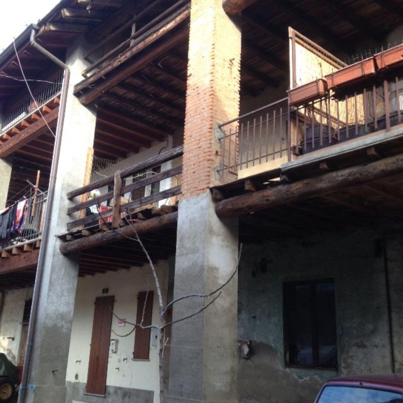 Appartamento in vendita a Grezzago, 3 locali, prezzo € 50.000 | Cambio Casa.it