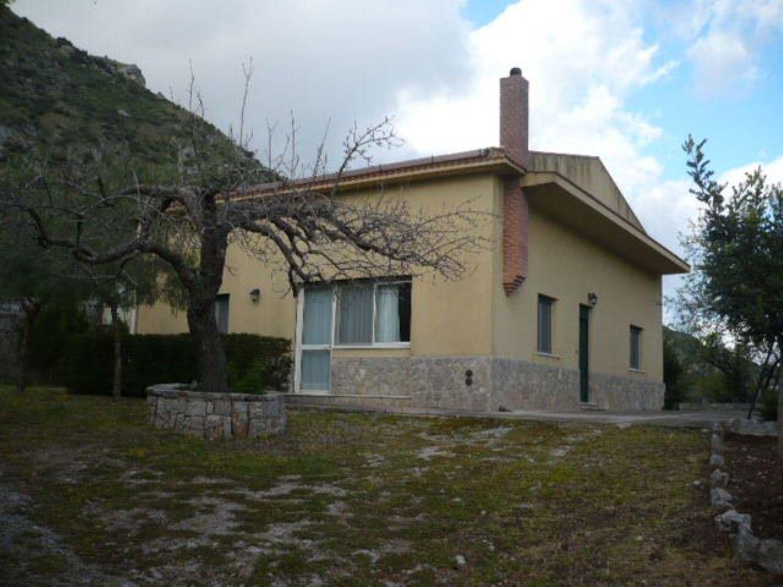 Soluzione Indipendente in vendita a Caccamo, 6 locali, prezzo € 220.000 | CambioCasa.it