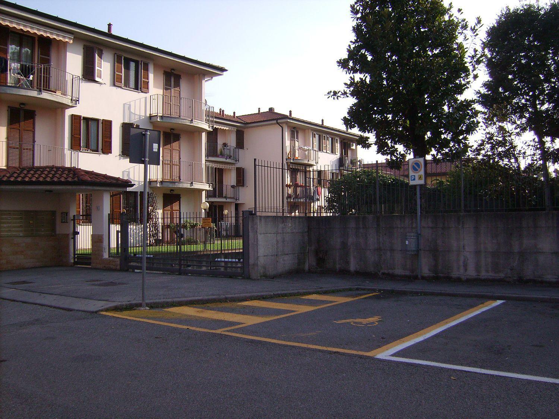 Appartamento in affitto a Masate, 2 locali, prezzo € 450 | Cambio Casa.it