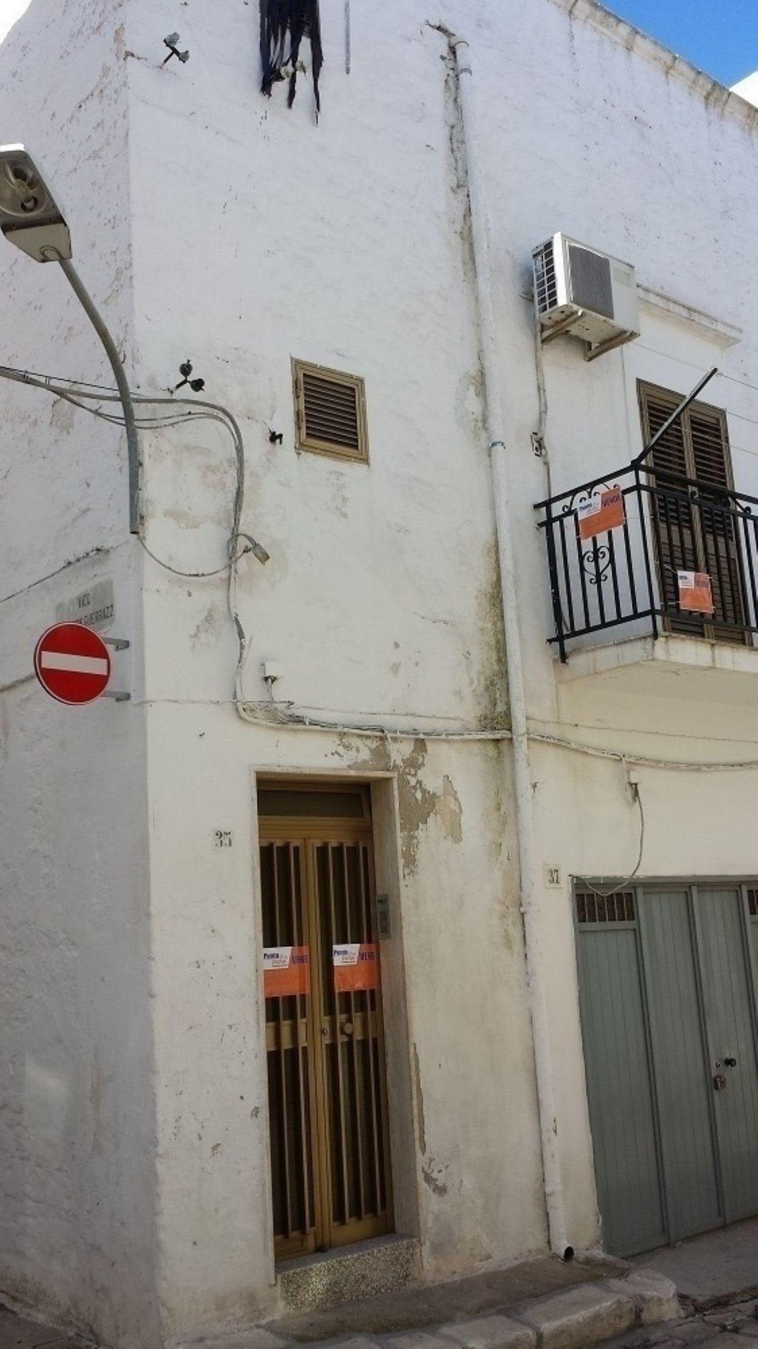 Soluzione Indipendente in vendita a Ostuni, 4 locali, prezzo € 100.000 | Cambio Casa.it