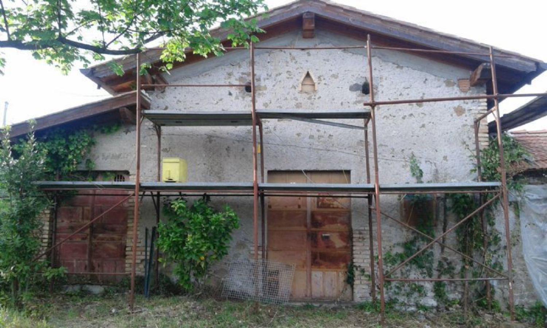 Soluzione Indipendente in vendita a Velletri, 1 locali, prezzo € 70.000   CambioCasa.it