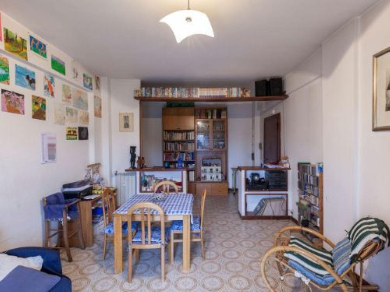Appartamento in vendita a Ladispoli, 3 locali, prezzo € 125.000 | CambioCasa.it