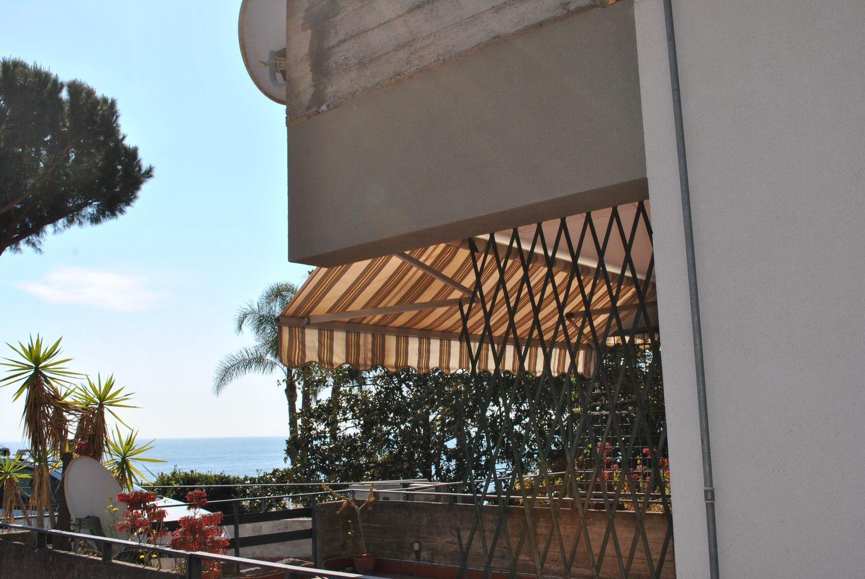 Appartamento in vendita a Aci Castello, 2 locali, prezzo € 129.000 | Cambio Casa.it