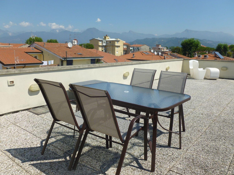 Attico / Mansarda in vendita a Viareggio, 6 locali, prezzo € 380.000   Cambio Casa.it