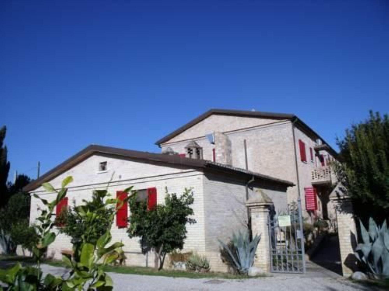 Appartamento in affitto a Silvi, 9999 locali, prezzo € 5.000 | CambioCasa.it