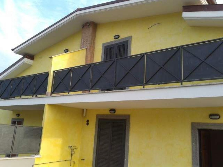 Appartamenti bilocali in affitto a velletri for Appartamenti arredati in affitto roma