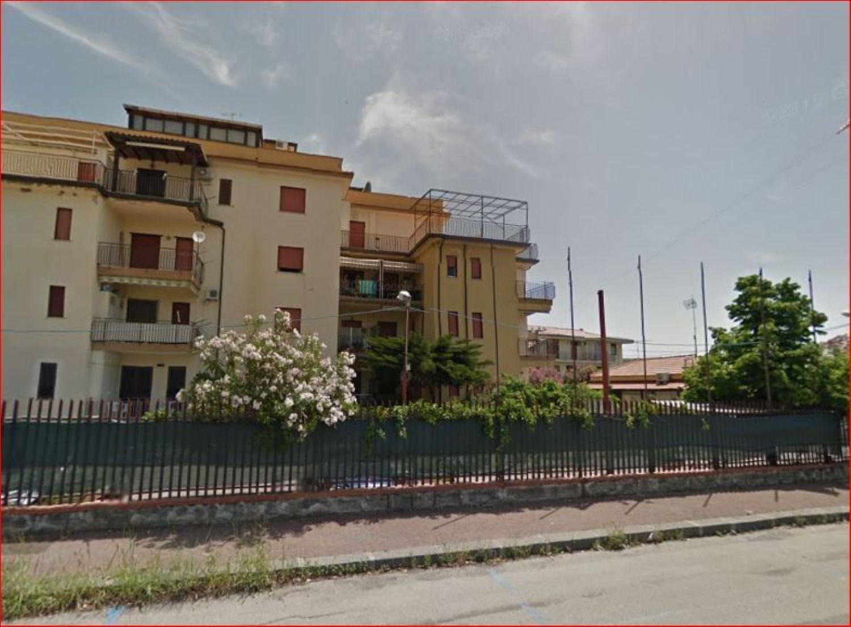 Appartamento in vendita a Giardini-Naxos, 2 locali, prezzo € 72.000 | Cambio Casa.it