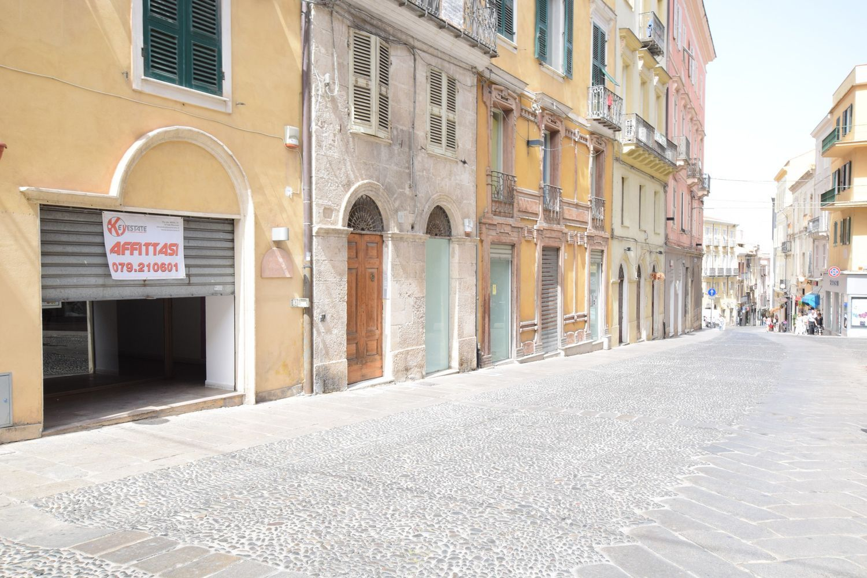 Immobile Commerciale in affitto a Sassari, 9999 locali, prezzo € 2.000 | Cambio Casa.it