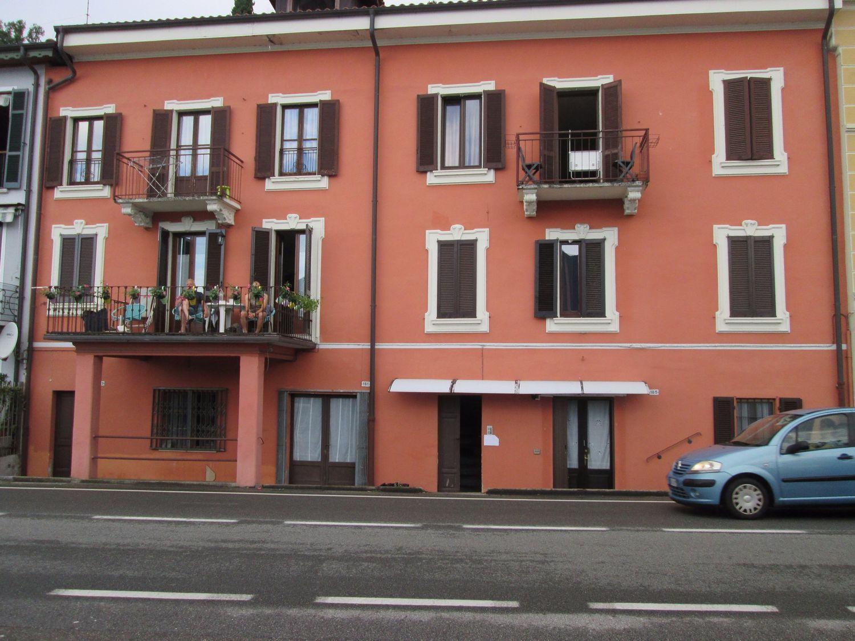 Appartamento in vendita a Ghiffa, 3 locali, prezzo € 180.000 | CambioCasa.it