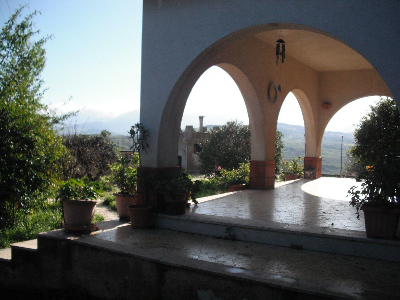 Soluzione Indipendente in vendita a Termini Imerese, 7 locali, prezzo € 145.000 | Cambio Casa.it