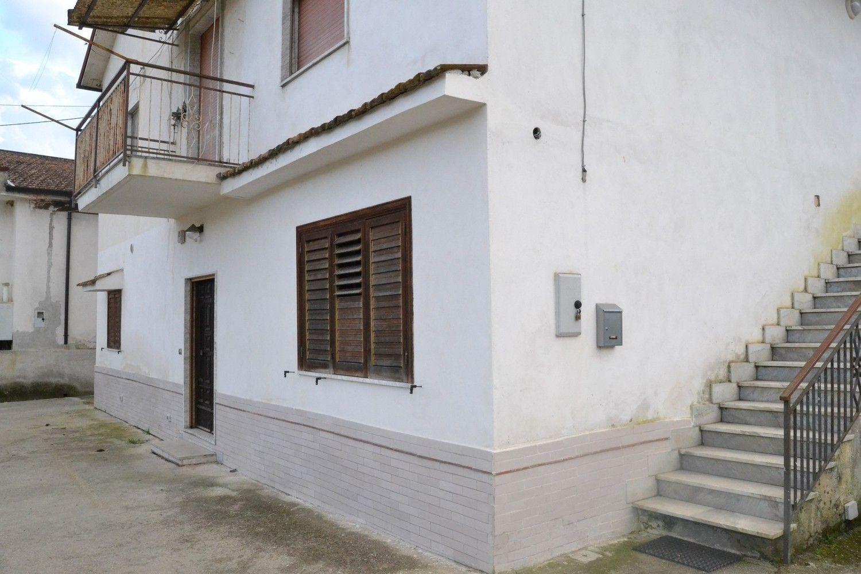 Duplex in vendita a Sant'Angelo a Cupolo, 6 locali, prezzo € 160.000 | Cambio Casa.it
