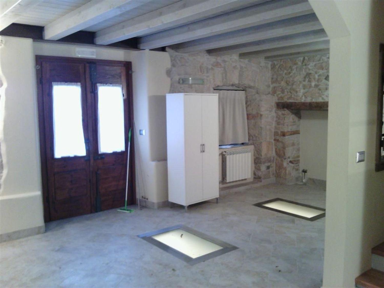 Ufficio / Studio in affitto a Trieste, 9999 locali, prezzo € 600   Cambio Casa.it