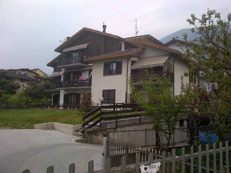 Appartamento in vendita a Tresivio, 4 locali, prezzo € 159.000 | CambioCasa.it
