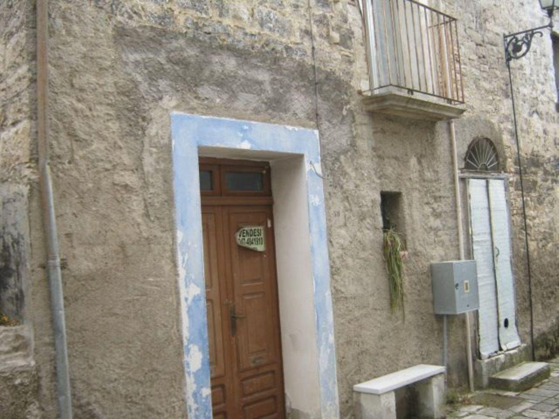 Appartamento in vendita a Pago Veiano, 2 locali, prezzo € 22.000 | CambioCasa.it