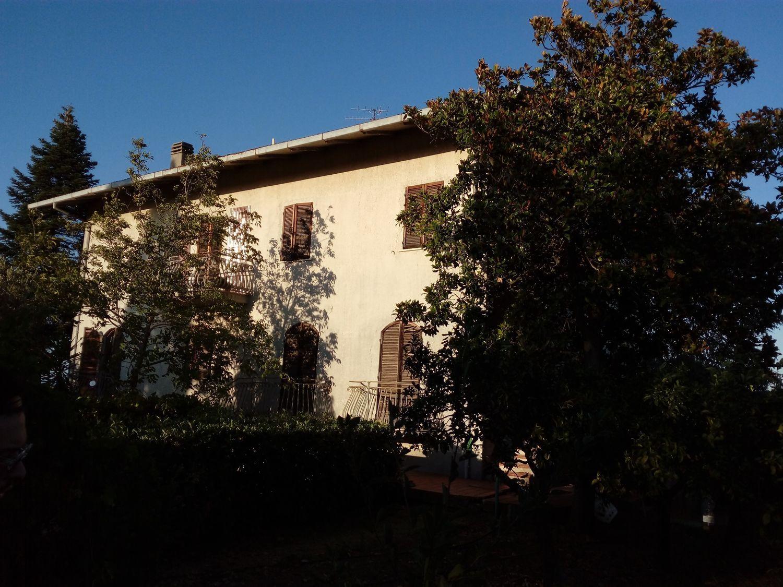Soluzione Indipendente in vendita a Vasto, 15 locali, prezzo € 290.000 | Cambio Casa.it