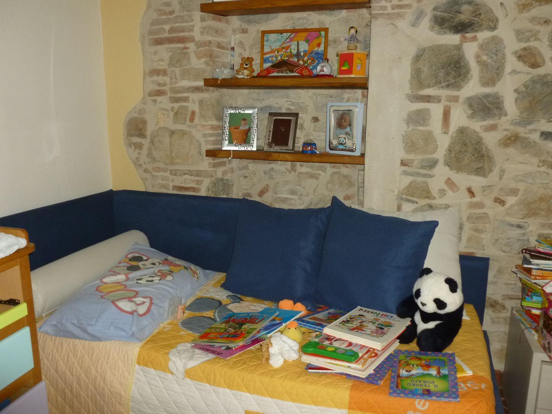 Appartamento in vendita a Camaiore, 4 locali, prezzo € 190.000 | Cambio Casa.it