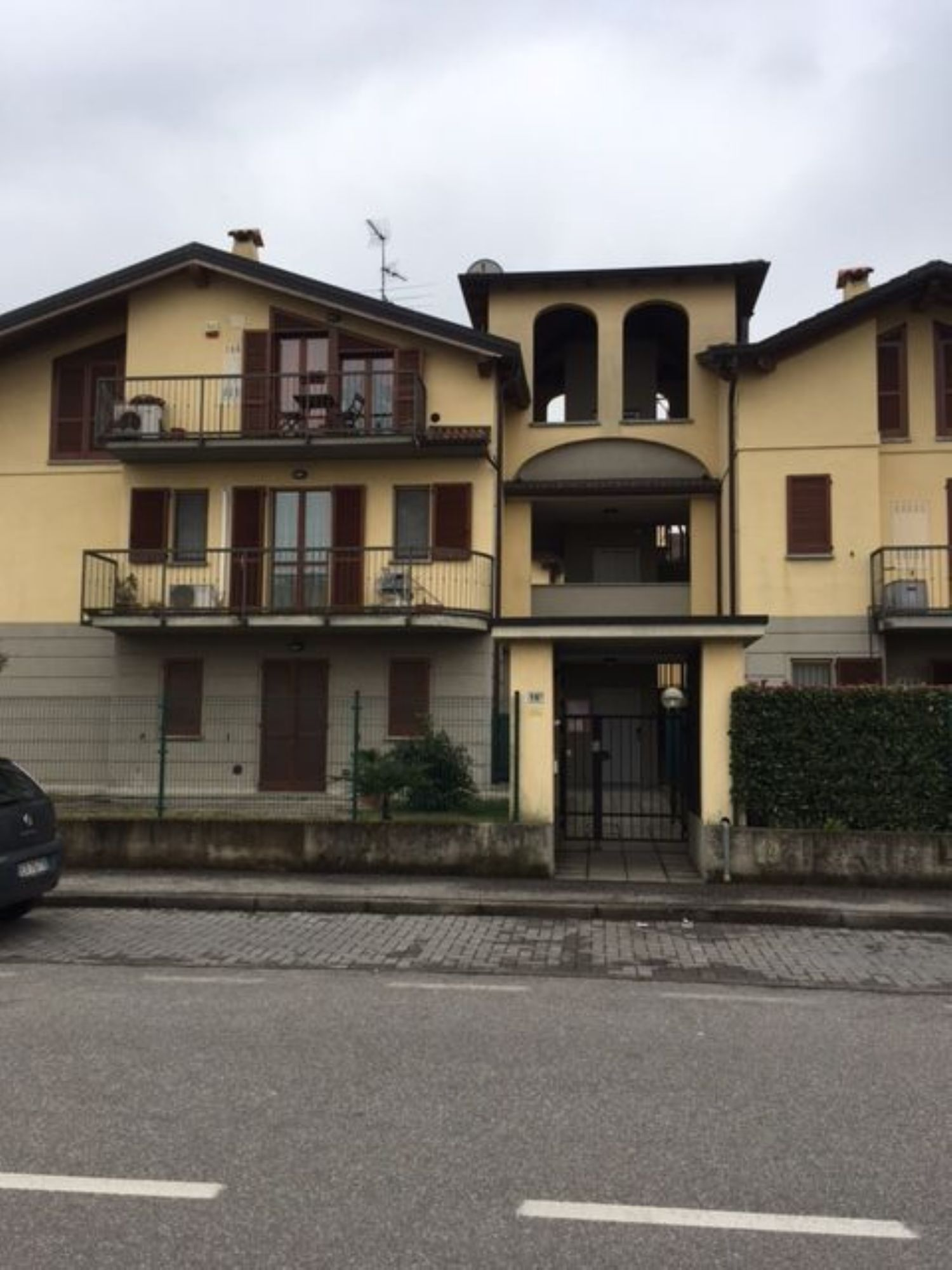 Appartamento in vendita a Basiano, 2 locali, prezzo € 95.000   CambioCasa.it