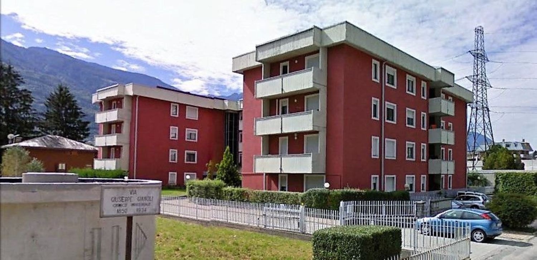 Appartamento in vendita a Sondrio, 4 locali, prezzo € 200.000 | CambioCasa.it