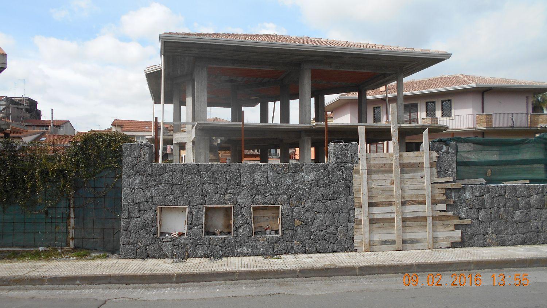 Appartamento in vendita a Aci Sant'Antonio, 6 locali, prezzo € 320.000 | Cambio Casa.it