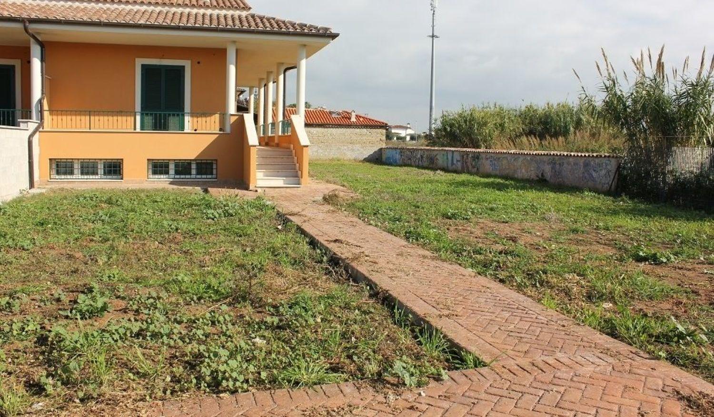 Soluzione Indipendente in vendita a Ladispoli, 4 locali, prezzo € 250.000 | Cambio Casa.it