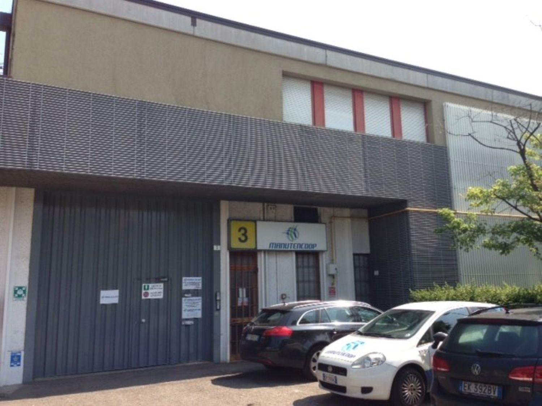 Capannone in Vendita a Modena