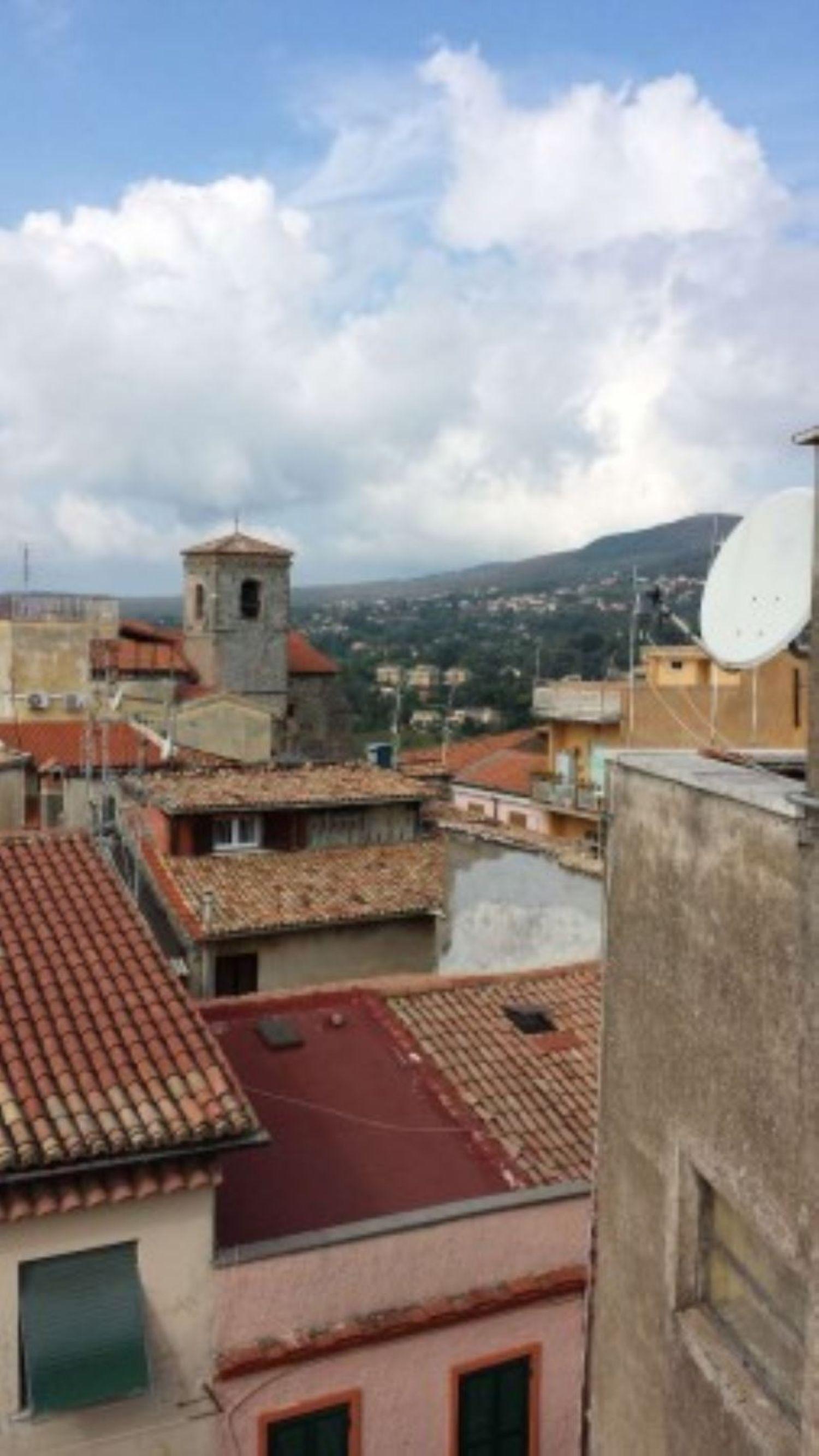 Appartamento in vendita a Velletri, 3 locali, prezzo € 98.000 | CambioCasa.it