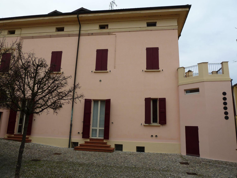 Ufficio / Studio in affitto a San Giovanni in Persiceto, 9999 locali, prezzo € 1.000 | Cambio Casa.it