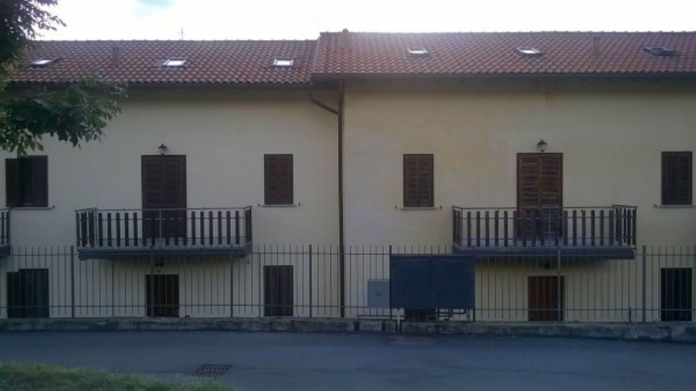 Villa a Schiera in Vendita a Montegrino Valtravaglia