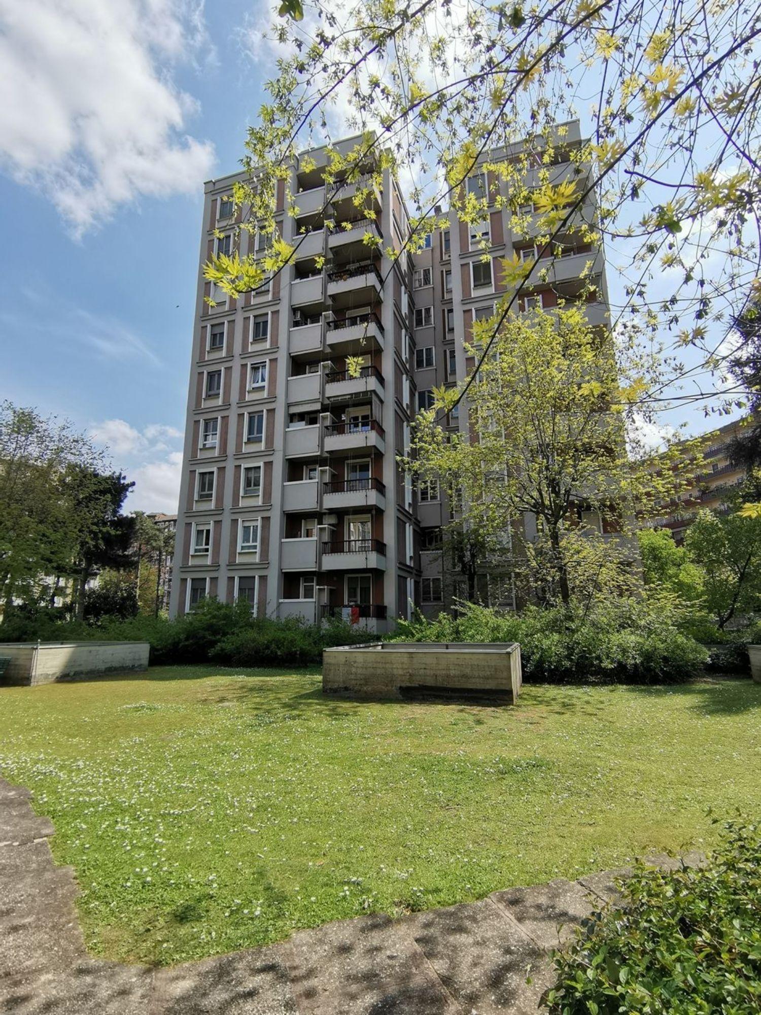 Appartamento in vendita a San Donato Milanese, 4 locali, prezzo € 360.000 | PortaleAgenzieImmobiliari.it