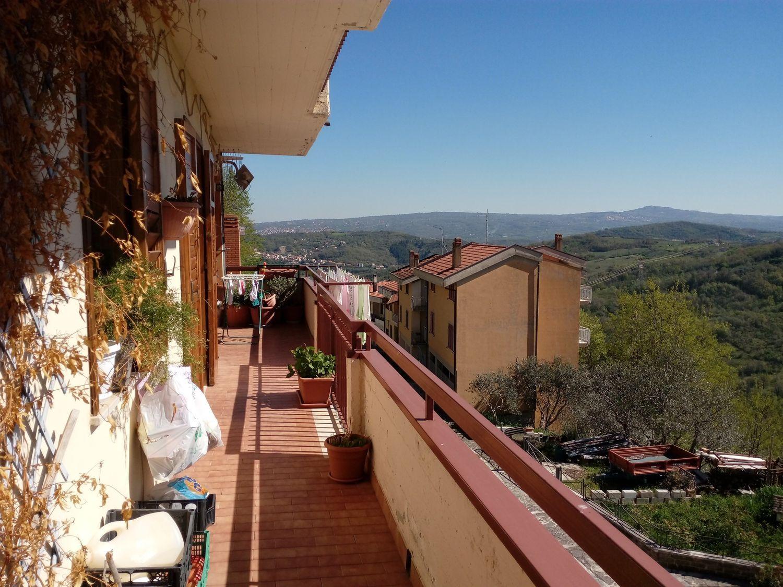 Appartamento in vendita a San Mango sul Calore, 5 locali, prezzo € 110.000 | Cambio Casa.it