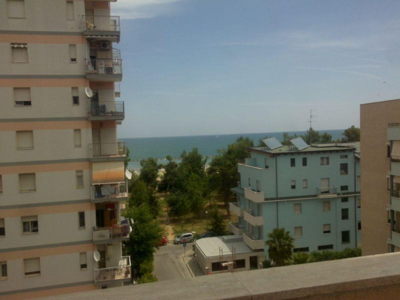 Appartamento in vendita a Montesilvano, 3 locali, prezzo € 70.000 | CambioCasa.it