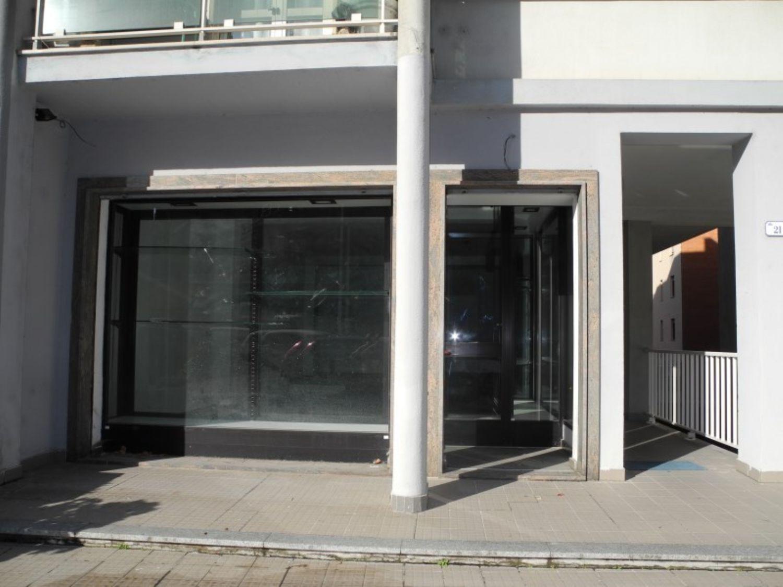 Immobile Commerciale in affitto a Sassari, 9999 locali, prezzo € 1.000 | Cambio Casa.it