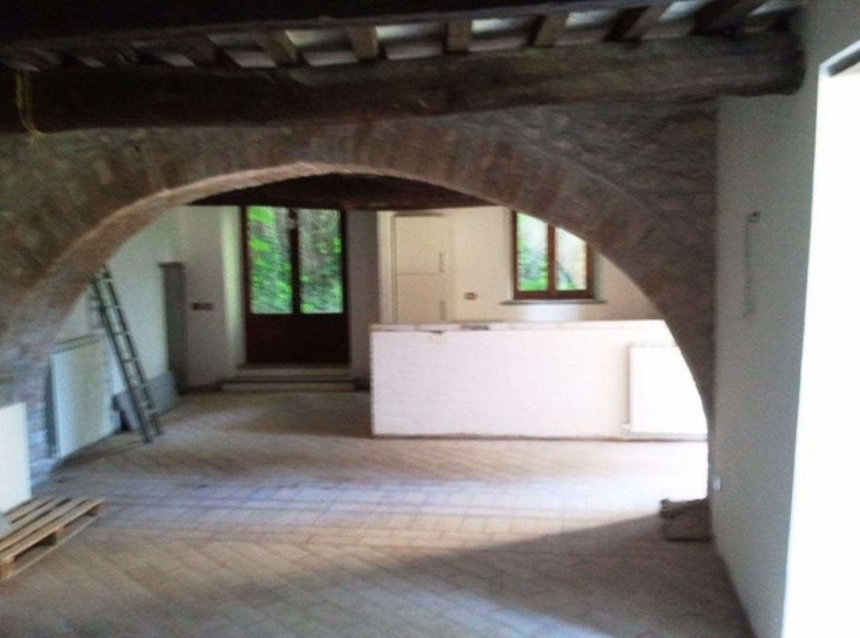 Appartamento in vendita a Massa Martana, 5 locali, prezzo € 900.000   Cambio Casa.it