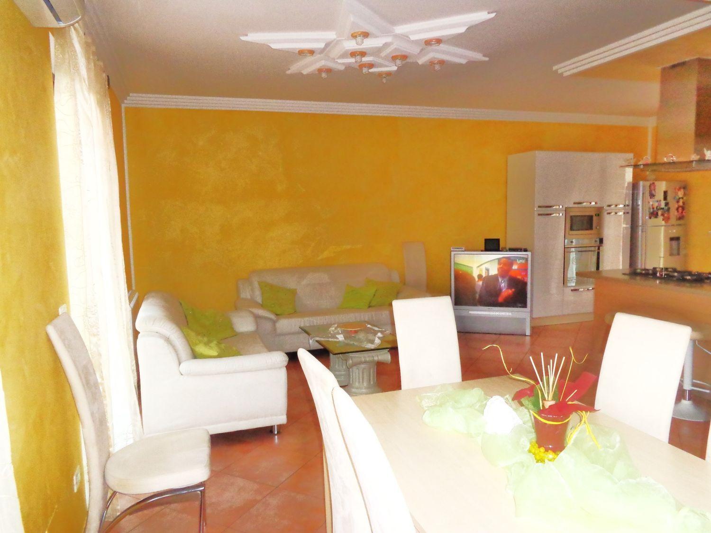 Villa a Schiera in vendita a Gaggi, 7 locali, prezzo € 240.000 | Cambio Casa.it