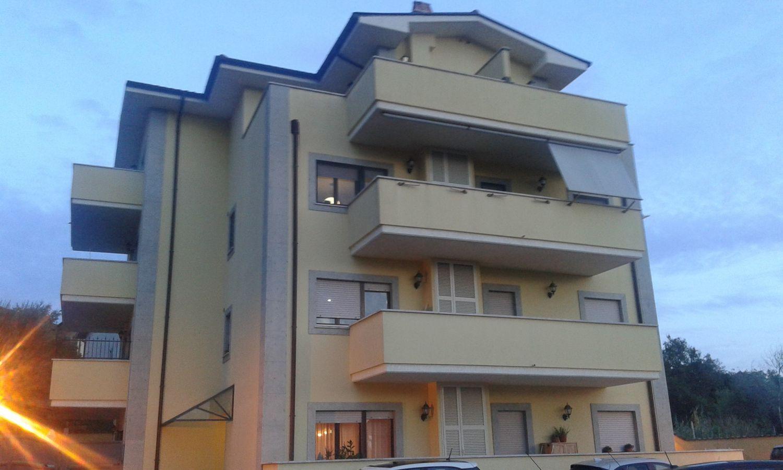 Attico / Mansarda in affitto a Velletri, 5 locali, prezzo € 750 | CambioCasa.it