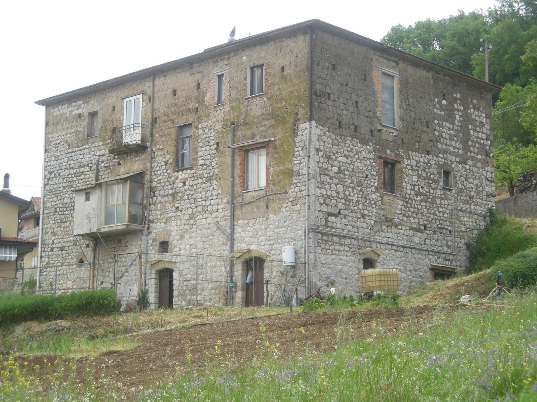 Appartamento in affitto a Paupisi, 3 locali, prezzo € 250 | CambioCasa.it